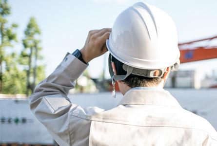 大規模修繕工事は日常生活の中で行われます。 居住者様のご不便、ご迷惑は極力減らし、徹底した安全管理につとめます。